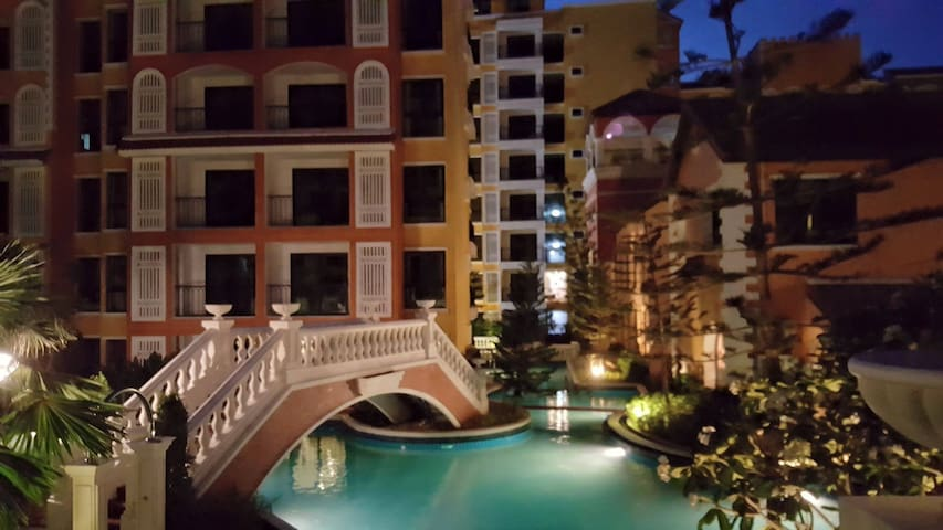 Venetian Jomtien  pool apartment - Muang Pattaya - Byt