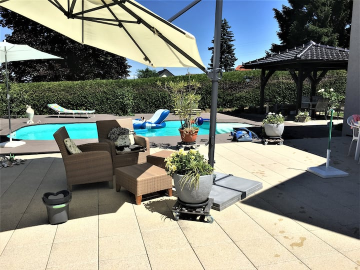 Amazing villa, swimming pool, close Montreux-Vevey
