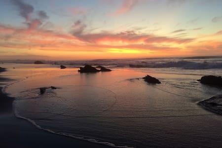 Cabaña en la playa x8pers /Beach house x8pers - 披市勒亩(Pichilemu) - 小木屋