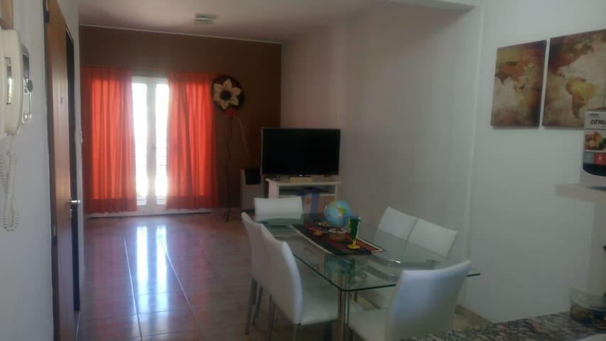 Hab. privada en Hospedaje Intercultural La Plata