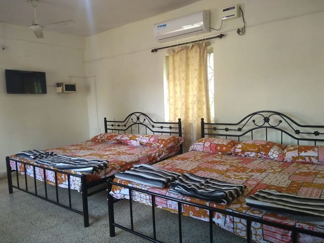 Family AC Room next to Madgaon Station