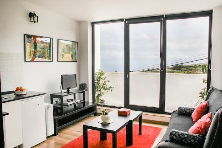Modern and quite apartment with views to the sea. - El Sauzal