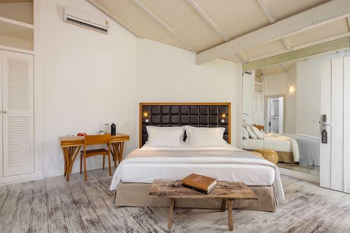 Felissimo Exclusive Hotel