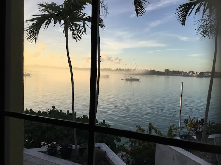 Water view Apartment with dock slip available