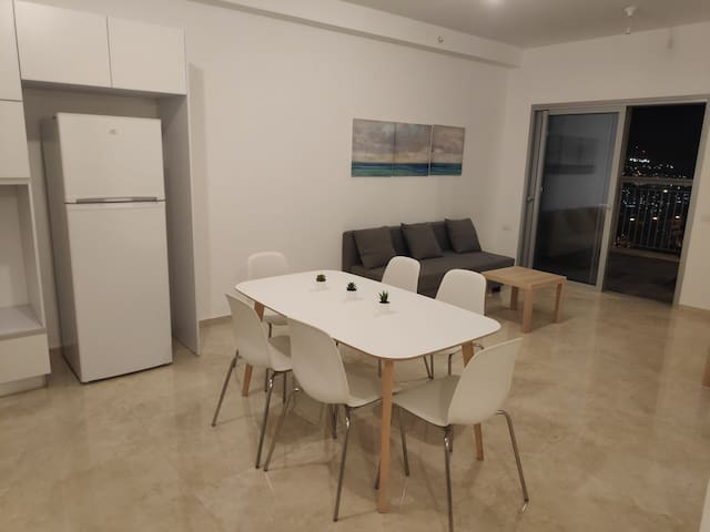 Modern apartment on new building in Jerusalem