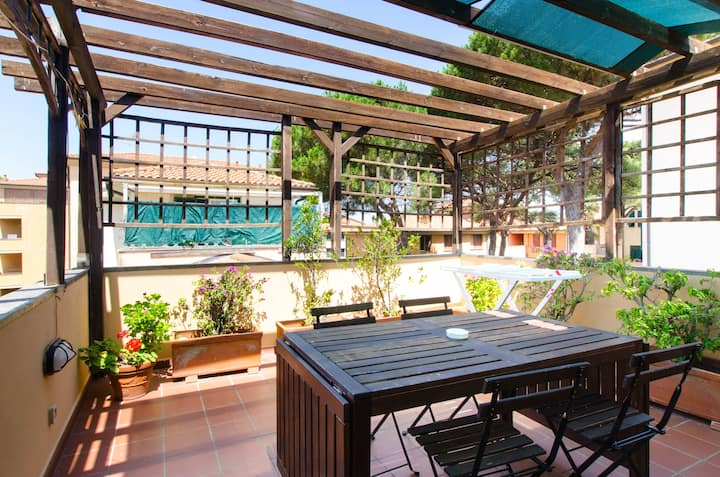 Bright and Spacious with Terrace