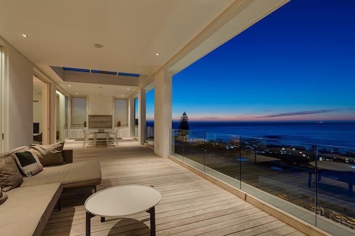 Villa Ronald - Camps Bay