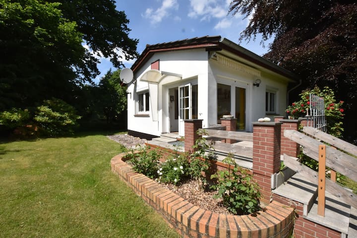 Comfortably furnished holiday home in a quiet location
