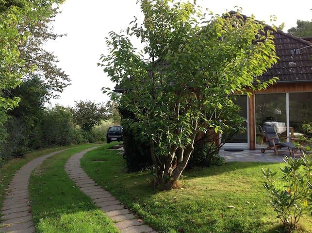 Elegantes, helles Holzhaus bei SPO - Welt - Huis