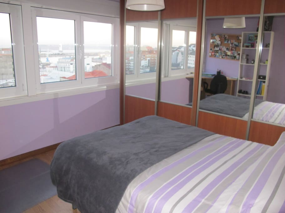 Room 1 (1,35 m. bed) - Hab. 1 (cama 1,35 m.)