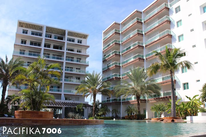 Beautiful apartment at Marina Mazatlán#