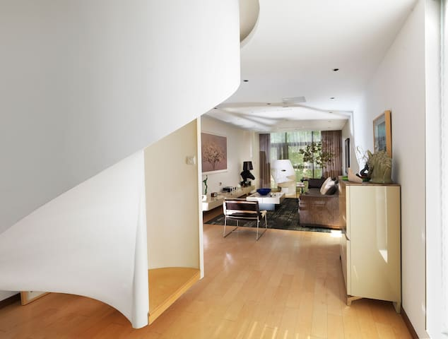 Artistic and designer villa, Beijing - ปักกิ่ง - บ้าน