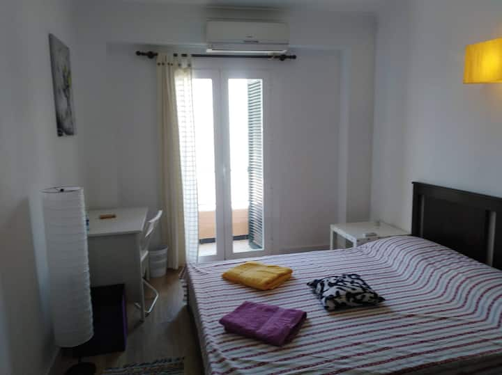 PALMA ARENAL Double room 2p. priv. bathroom AIR/C