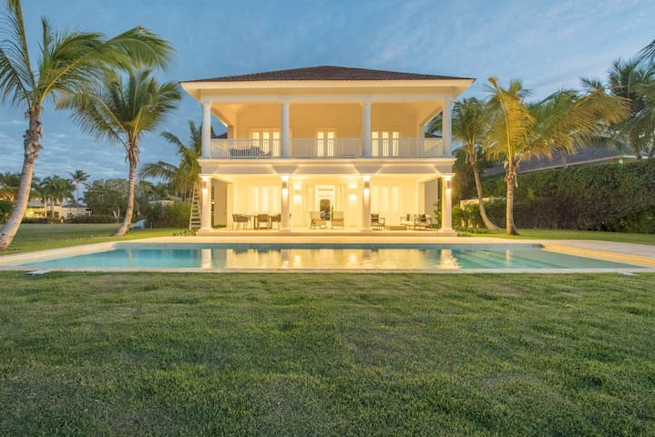 Villa Los Higos at Tortuga Bay - Punta Cana