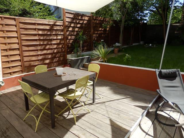 Jolie maison agréable à vivre proche centre ville. - Montpellier - Casa