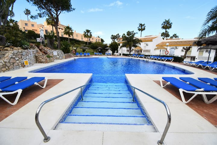 Holiday resort complex with pools & facilities