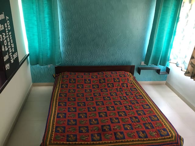 Beautiful home stay on Kanakapura Road!