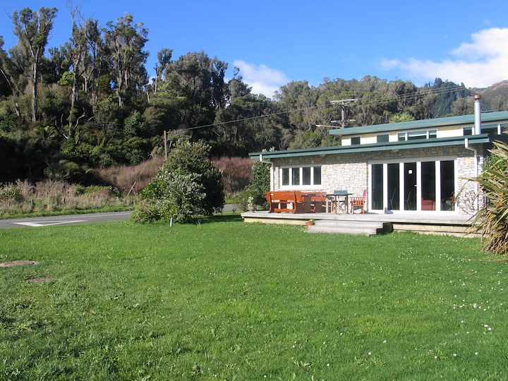 Pohara Stone House