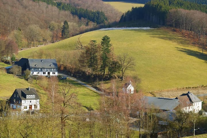 Idyllische Ferienwohnung auf einem Bio-Bauernhof im Herzen des Sauerlands