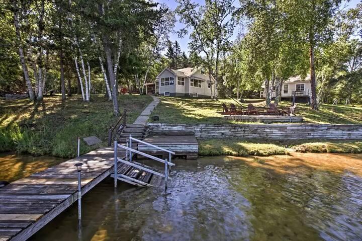 Renovated Retro Lake Cabins on Whitefish Chain!