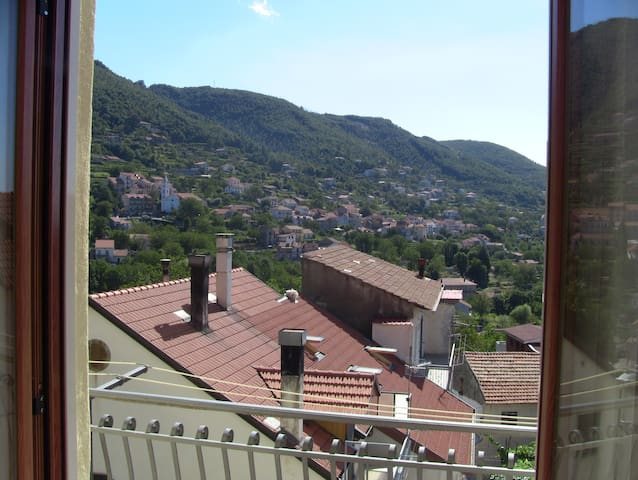 Mountain retreat near Amalfi and Naples - Pianillo