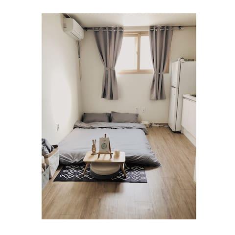 【Dongdaemun, Myeong-dong】下楼就是东大门的舒适便利小公寓