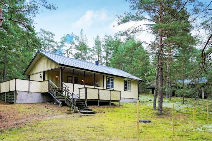 8 person holiday home in YNGSJÖ, SVERIGE