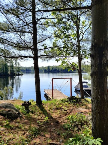 Waterfront Guest Cabin on Trent Severn (Muskoka)