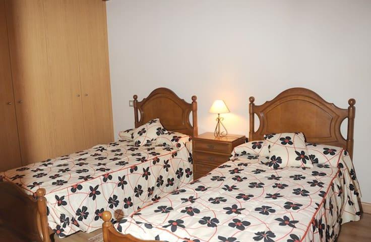 Alojamiento turistico Martuxu 3 llaves - Marcilla - Haus