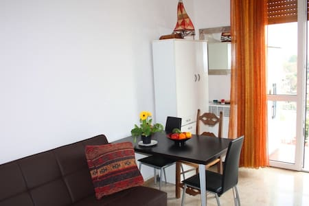 Easy Arese - Apartment