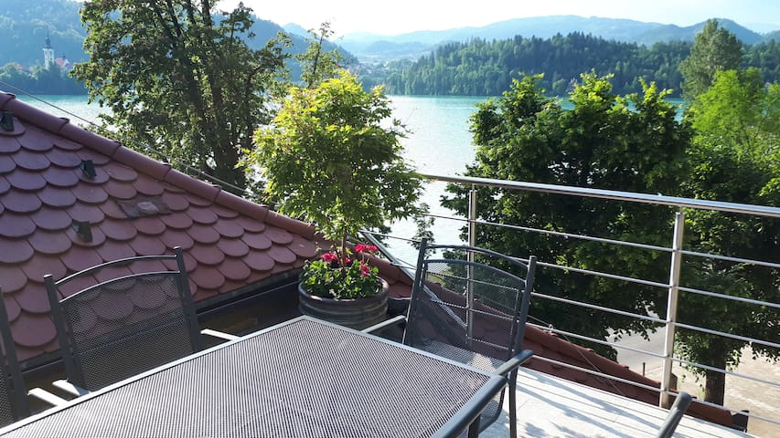 Best Lake View Apartment