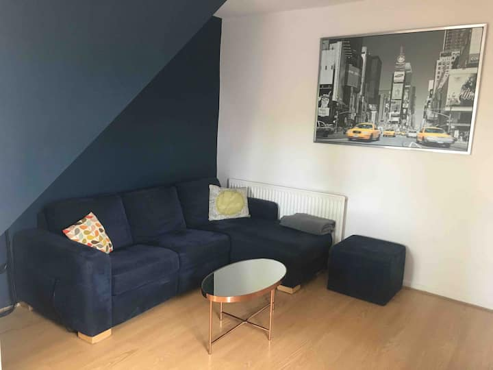 Lovely spacious 3 bed house in central cheltenham