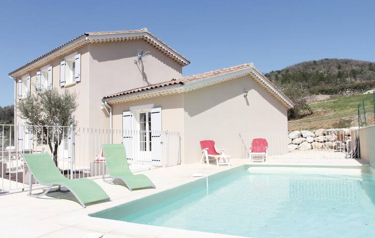 Holiday cottage with 5 bedrooms on 135m² in Saint Thome