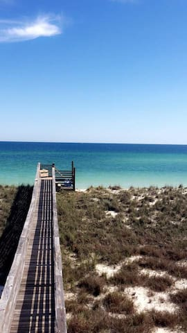 Private 3 bedroom 2 bath Townhouse Near Beach - Navarre - Townhouse