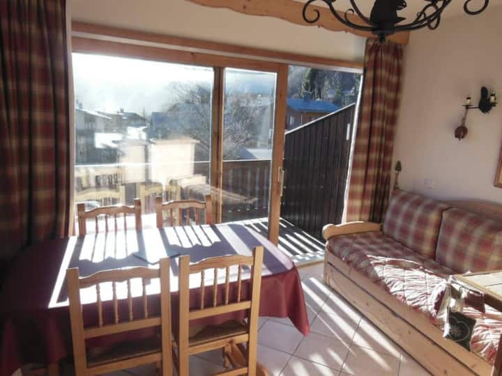 CHAMPAGNY - 5 pers, 40 m2, 2/1 - FR-1-511-66