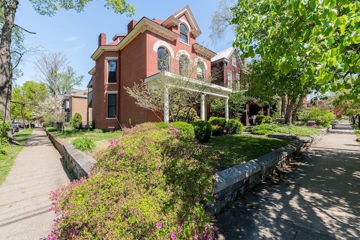 Historic 1910 Home ★ Best Location in Louisville