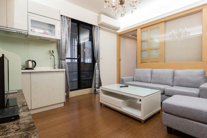 Comfortable unit in the heart of Taipei