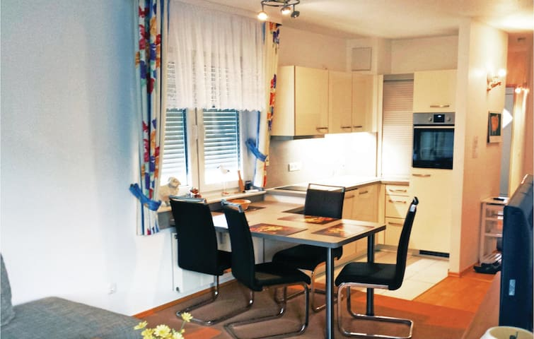 Holiday apartment with 2 bedrooms on 63m² in Seebad Bansin