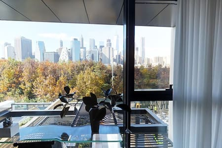 Brand New Condo With City Views - ブルックリン