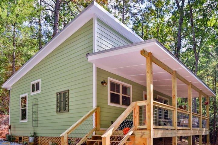 Tiger Creek Cabin