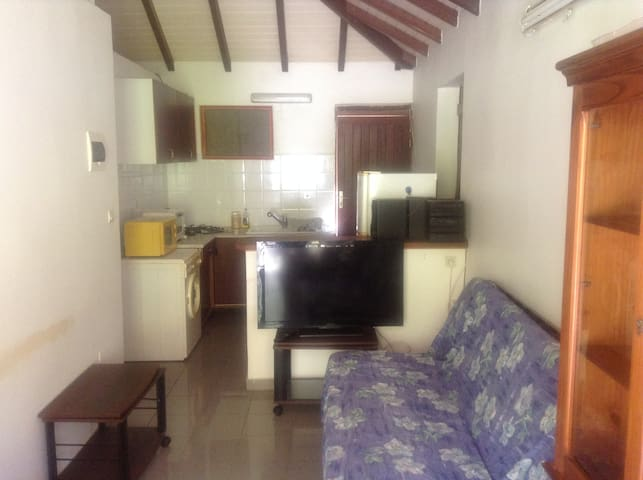 T2 Confortable proche commerces,plage1.5km,piscine - GP - Apartment