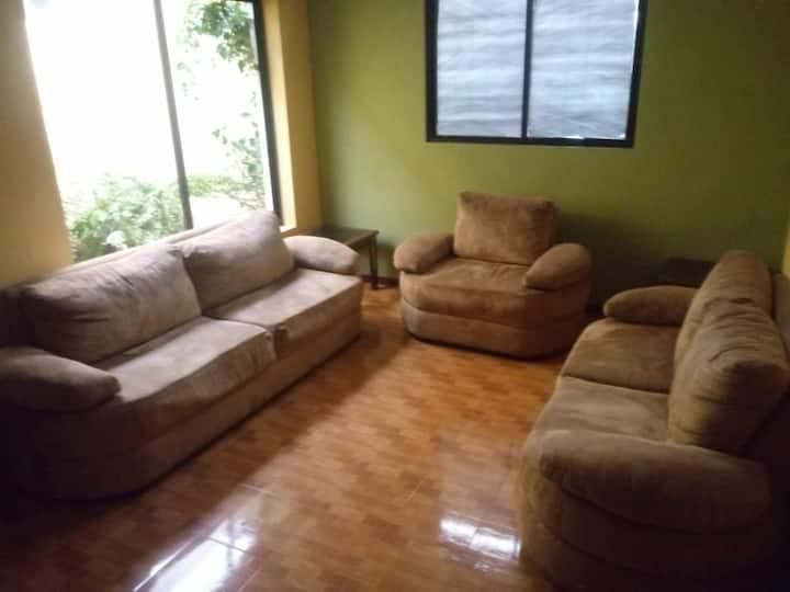 Casa El Manantial Coban