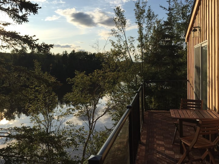 Trout River Retreat - Life at the Water's Edge