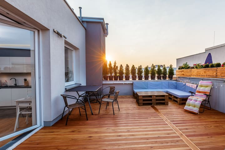 June's 38% Discount!100 m2 with huge terrace! - Cracóvia - Apartamento