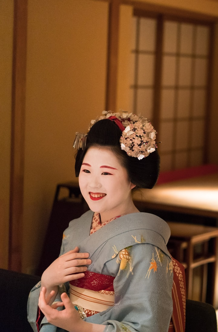Enjoy chatting with Maiko