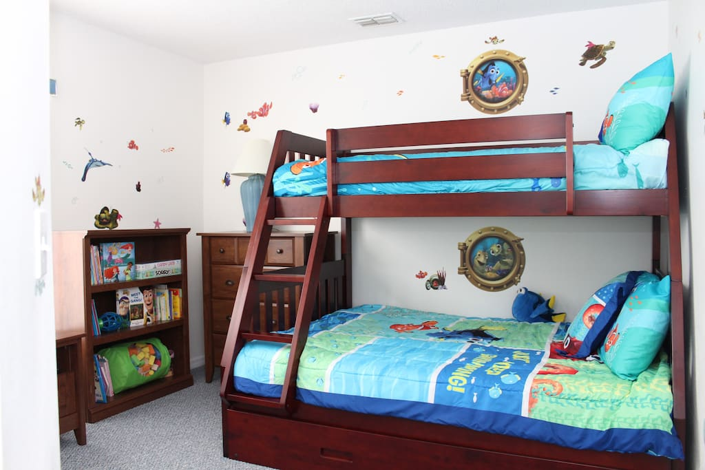 Bunk Bed with Trundle, Flat Screen HDTV, HD Cable TV, Xbox 360, Wii,Movies, Board Games & Books
