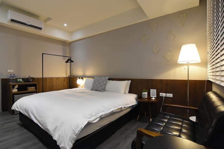樸。叁巷 Simple life Room 3F