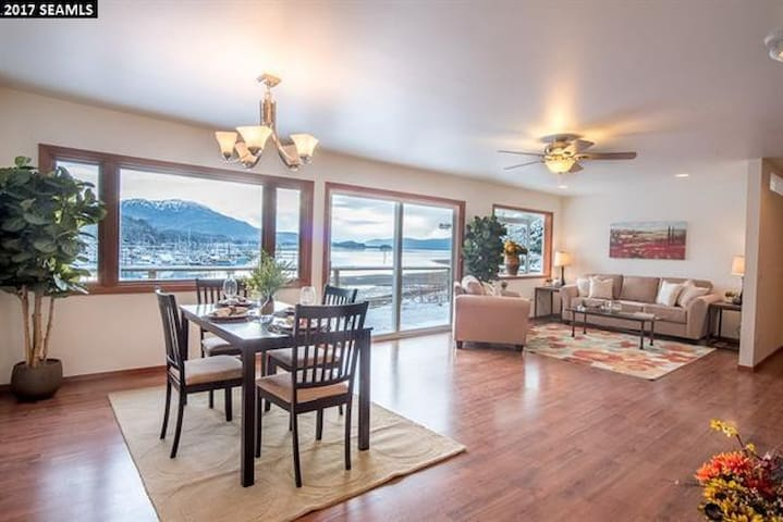 Oceanfront Home overlooking Auke Bay Harbor