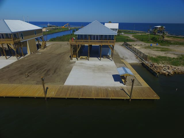 The Pointe, Grand Isle, LA Waterfront with boat access, boat launch, fish pier