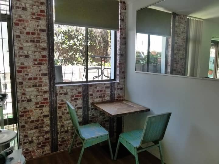 Delightful Centrally Located Apartment